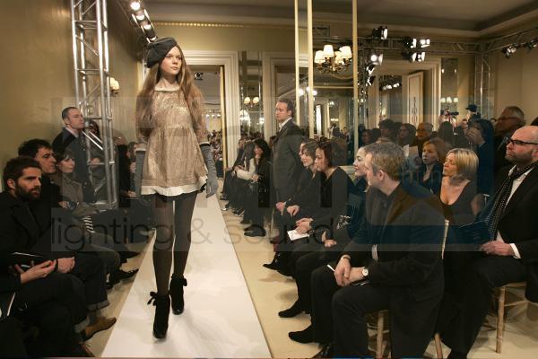 Marc Jacobs HFM Lighting Fashion Show